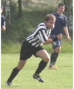 Při fotbalu